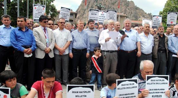 Afyonkarahisar'da 'imam Hatip Lisesi İsteriz' Eylemi