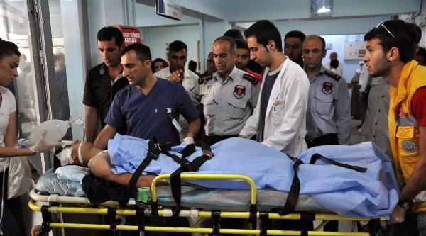 Ağabeyi Askerde Öldürülen Genç İntihara Kalkıştı