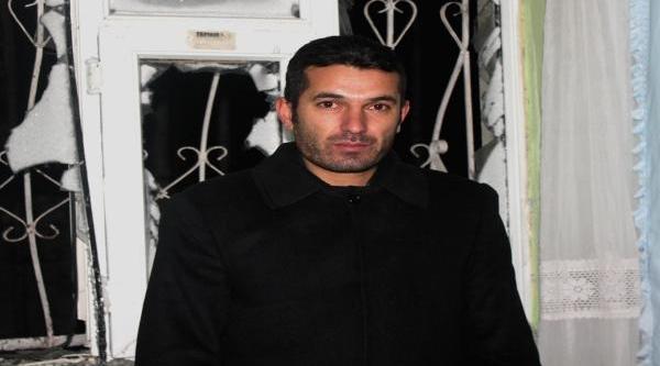 Ağri'da Dernek Başkaninin Evine Ses Bombasi Atildi