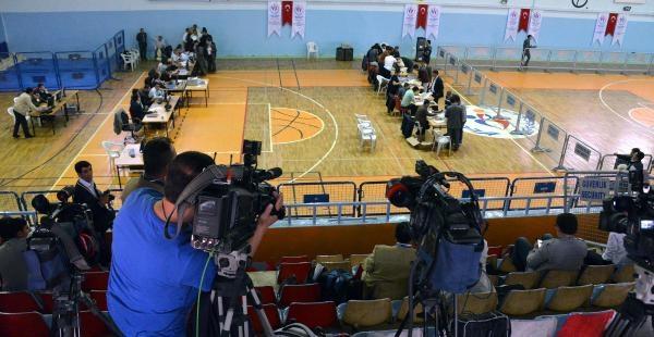 Ağrı'da Oy Kullanma İşlemi Başladı - Fotoğraflar