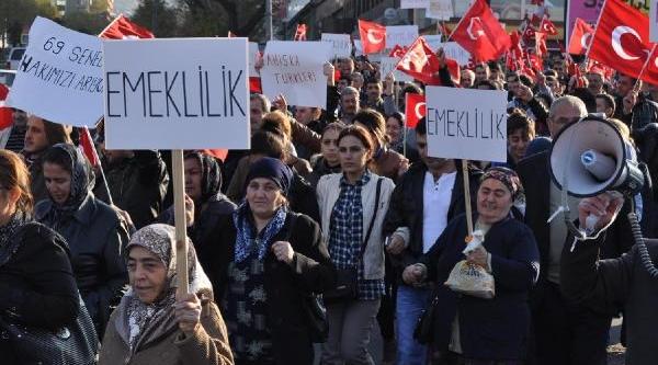 Ahiska Türkleri, Kimlik, Çalişma Izni Ve Emeklilik Hakki Istiyor