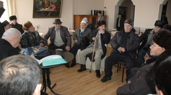 Ahiska Türkleri Sürgün Edildikleri Topraklara 69 Yil Sonra Döndüler