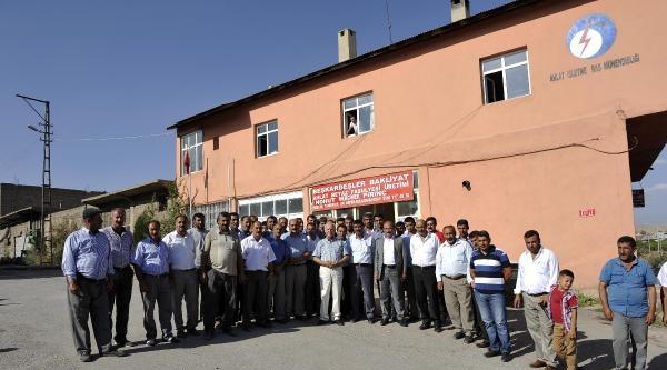 Ahlat'ta Elektrik Protestosu