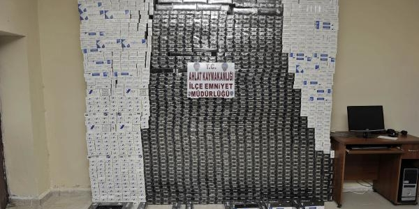 Ahlat'Ta Kamyonetten 17 Bin Paket Kaçak Sigara Çikti