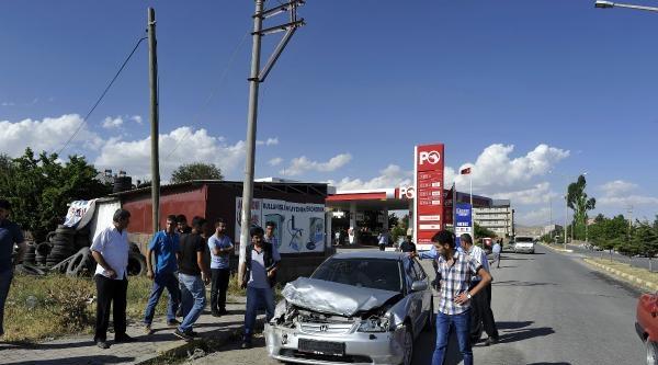 Ahlat'ta Kaza: 2 Yaralı