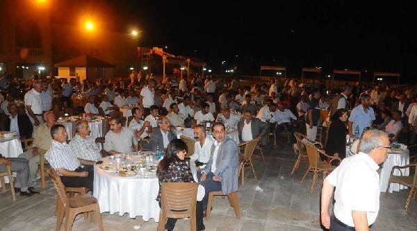 Ahmet Türk: Fitre Ve Zekatları Rojava'ya Gönderin
