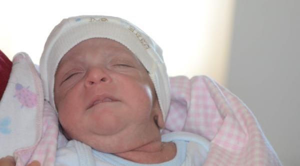 Ailesi, Ata Bebeği 'bakamayiz' Diyerek Istemedi