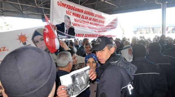 Ak Parti Adayi Ensarioğlu'na Diyarbakir'da Coşkulu Karşilama