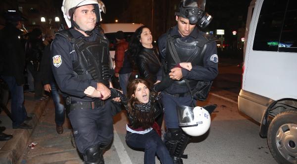 Ak Parti Binasına Yürümek İsteyen Gruba Müdahale Edildi' (ek Fotoğraflar 2)