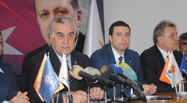 Ak Parti İzmir'de Duygusal İstifa