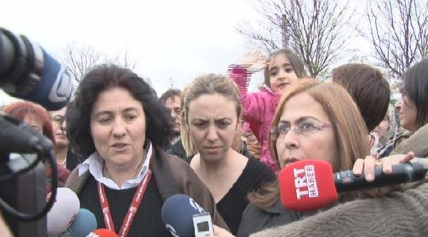 Ak Parti Kadin Kollari'ndan Chp Genel Merkezi Önünde 'kamer Genç' Protestosu (2)