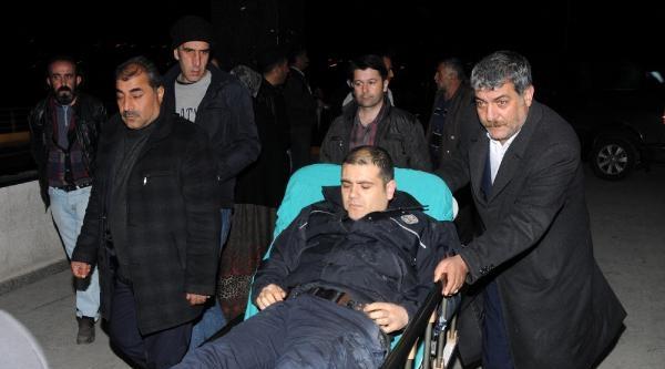 Ak Parti Konvoyunda Kaza: 7 Polis Memuru Yaralındı