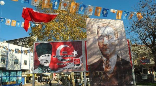 Ak Parti, Mhp'nin 'Türkistan'a Hoşgeldiniz' Afişini Kapatti