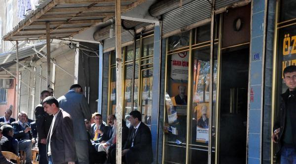 Ak Parti Seçim Bürosuna Ses Bombalı Saldırı