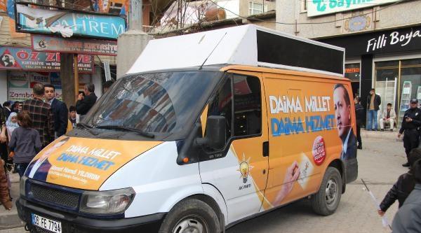 Ak Parti Seçim Propagandasını Şirnak'ta Zırhlı Araç İle Yapıyor