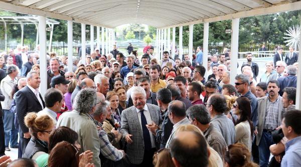 Ak Parti'den Antalya'da 'evrak Yakılıyor' Baskını (2)