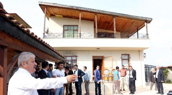 Ak Parti'den Antalya'da 'evrak Yakılıyor' Baskını (4)