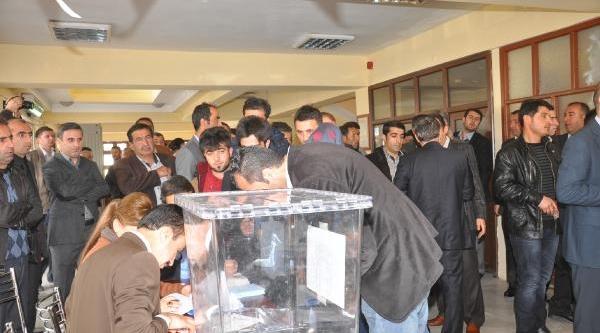 Ak Parti'den Hakkari'de Ön Seçim