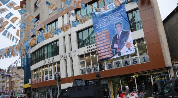 Ak Partili Başkan Adayı, Projelerini Türkçe Ve Kürtçe Tanıttı
