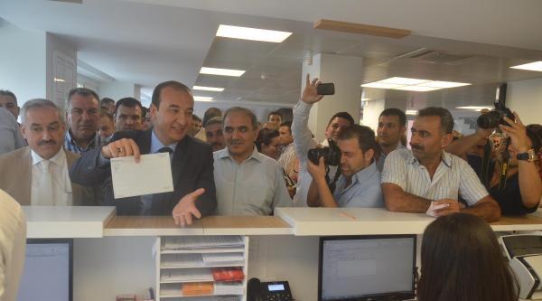 Ak Partili Başkan, Erdoğan'ın Seçim Hesabına 100 Tl Yatırdı