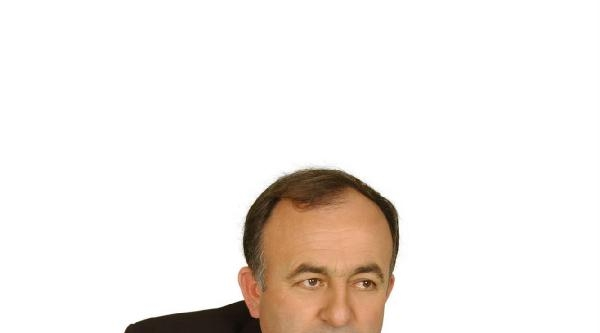 Ak Parti'li Belediye Başkanı Silahlı Saldırıda Yaralandı