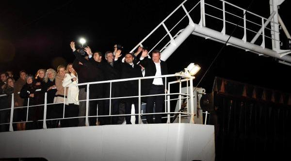 Ak Parti'Li Daniş'E Coşkulu Karşilama