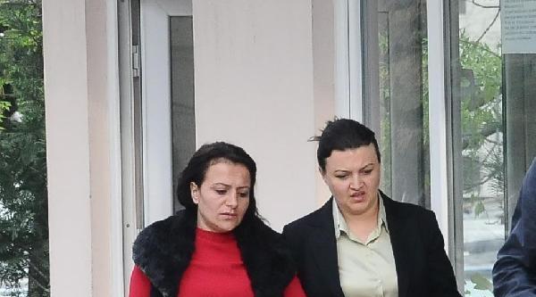 Ak Parti'li Kadın Üye, Saldırıya Uğradığını Öne Sürdü