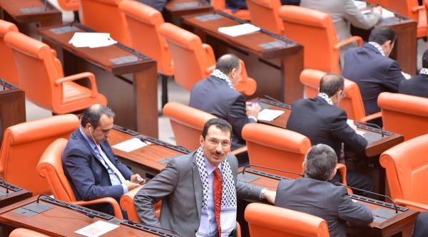 Ak Partili Milletvekilleri Meclis'e Filistin Atkılarıyla Katıldı