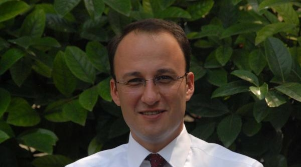 Ak Parti'li Örki: Çatida Herkes Ağa, Sahada Yoklar