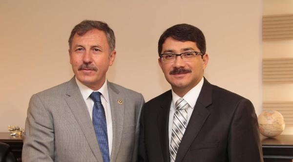 Ak Partili Özdağ'dan Muhalefet Vekillerine Eleştiri