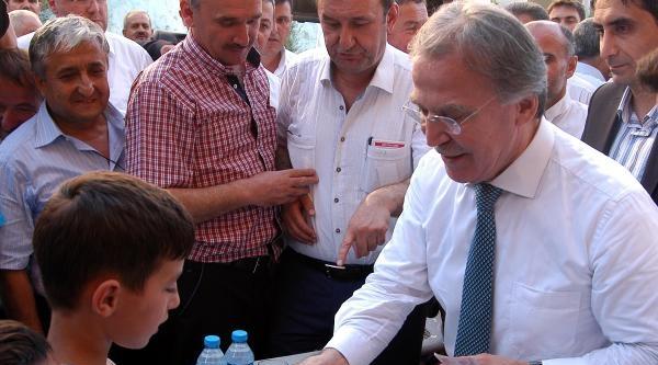 Ak Parti'li Şahin: En Önemli Delil Milletvekillerinin Ziyareti (2)