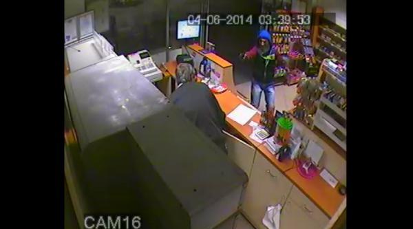 Akaryakıt İstasyonu Soygunları Kamerada