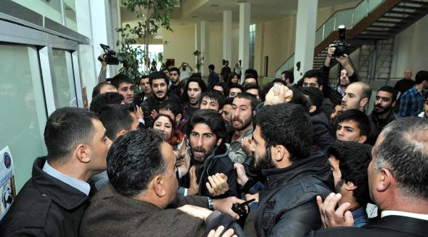 Akdeniz Üniversitesi'nde Arbede (2)