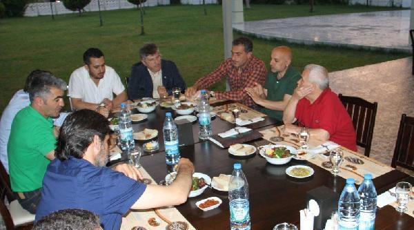 Akhisar Belediyespor'a Gençlik Operasyonu