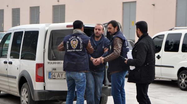 Akıl Hastanesinden 15 Gün Önce Bırakıldı Cinayet İşledi (2)