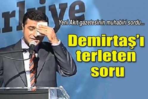 Akit muhabiri Demirtaş'a Türk bayrağını sordu
