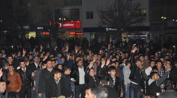 Aksaray'da Hdp Binasına Saldırı Girişimi (haberı Fotoğraf 2)