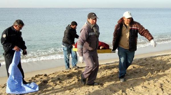 Alanya'da Denizden Ceset Çikti