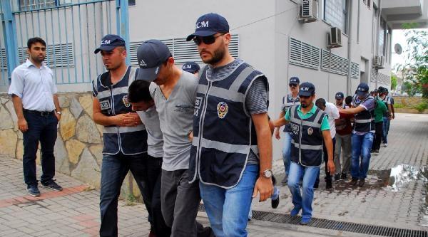 Alanya'da Fuhuş Operasyonu: 17 Gözaltı