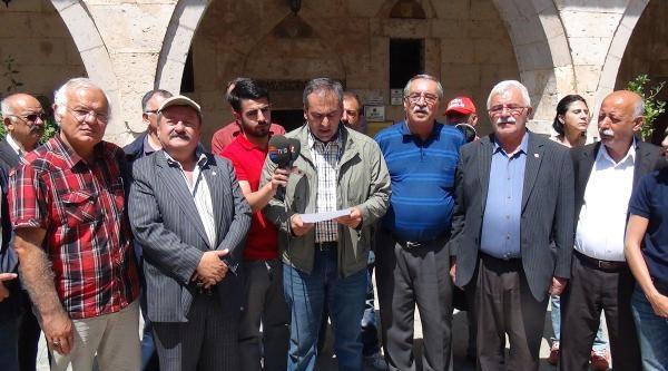 Aleviler Hacı Bektaş'ta Cem Tuttu, Dergahları İstedi