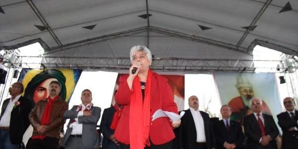 Alevilerden Kadiköy'de 'eşit Yurttaşlik' Mitingi (2)