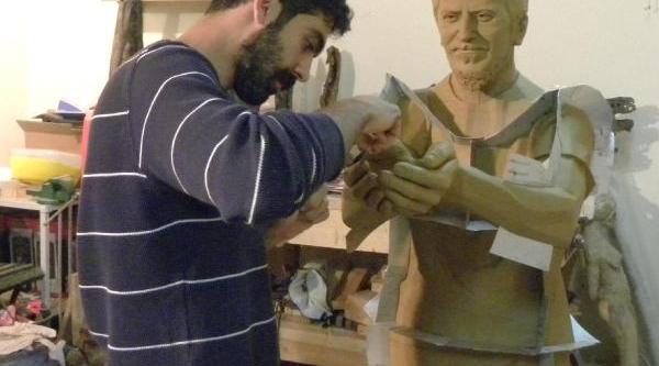 Ali Ismail Korkmaz'in Heykeli Dikilecek