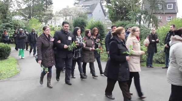 Ali Kurt'un Ailesi, Uğruna Nehre Atladığı Çocuğun Cenazesine Katıldı