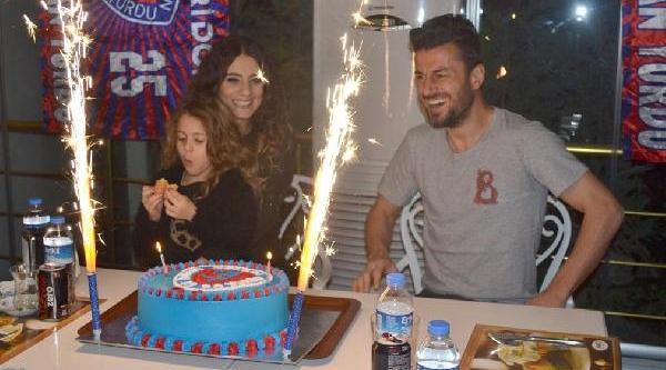 Ali Tandoğan'a Doğum Günü Kutlamasi