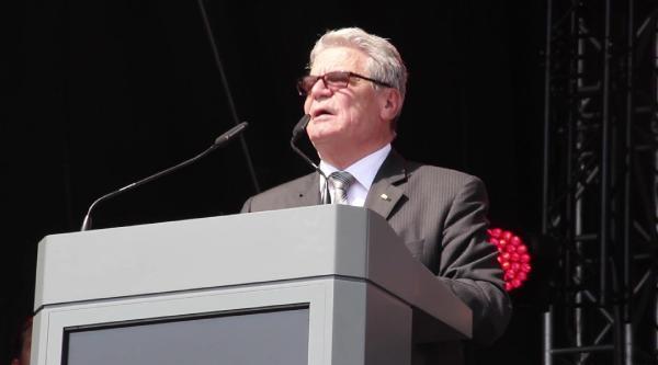 Almanya Cumhurbaşkanı Gauck, Türk Caddesinde Irkçiliğa Meydan Okudu