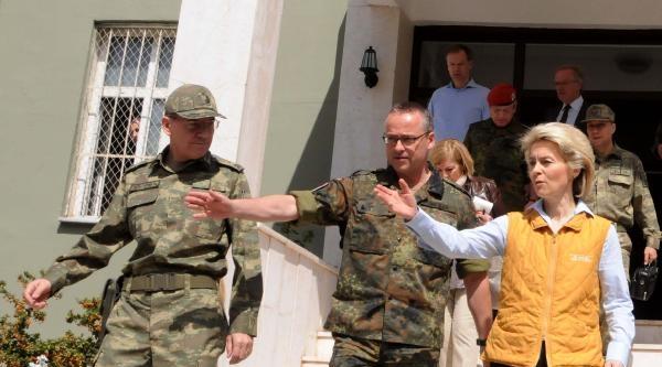 Almanya Savunma Bakanı Leyen: Dünya Ülkeleri Suriye İçin Çözüm Bulmalı