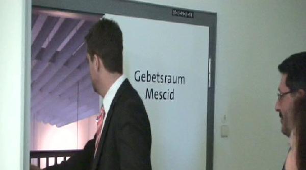 Almanya'da Katolik Hastanesinde Mescit Açıldı