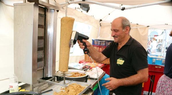 Almanya'da Vegan Dönerin Kralı Bir Türk