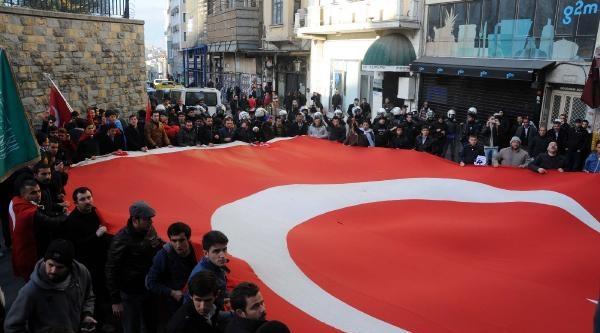 Alperen Ocaklari Yürüyüşüne Polis Müdahalesi
