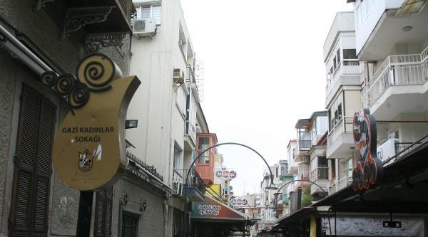 Alsancak'ta 5 İşletmeye Gürültü Cezası